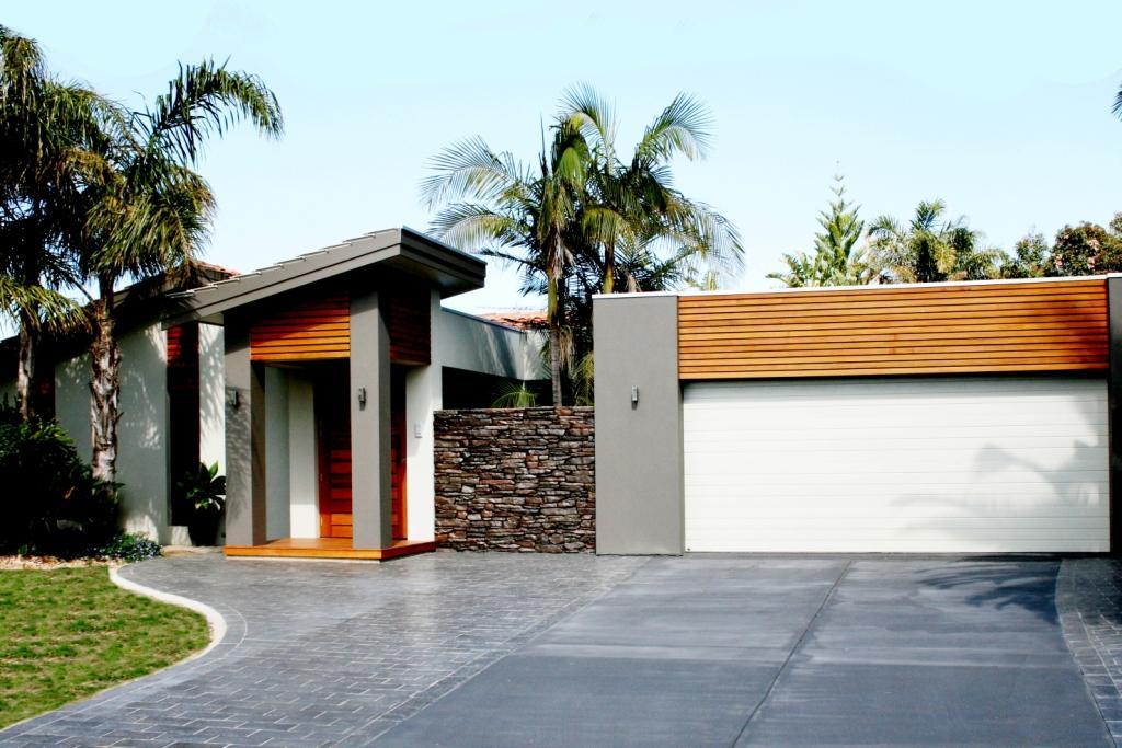 Entrance Designs by Platinum Fine Homes & Additions