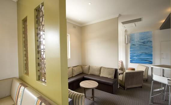 Feature walls inspiration natural habitat interiors for Interior design inspiration australia