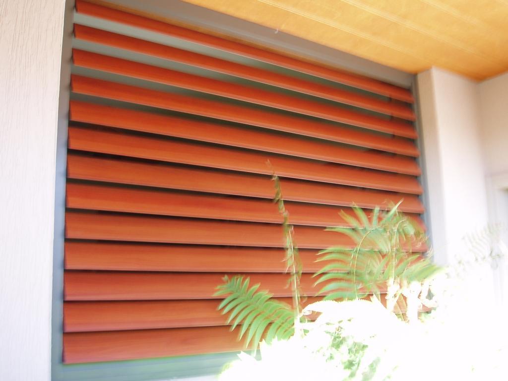 A superior screen sunshine coast maroochydore for Window screen