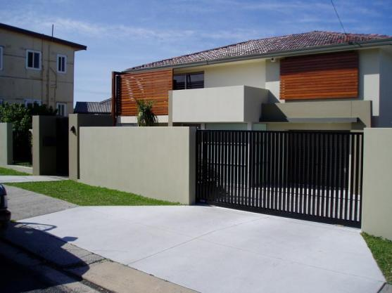 Modern gate design ideas get inspired by photos of for Modern house gate