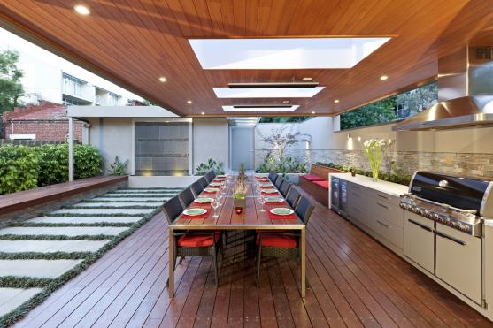 Outdoor kitchen design ideas get inspired by photos of for Outdoor kitchen designs small spaces