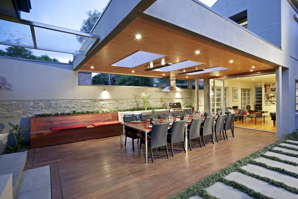 Expert Ideas For Reviving A Tired Outdoor Entertaining Area