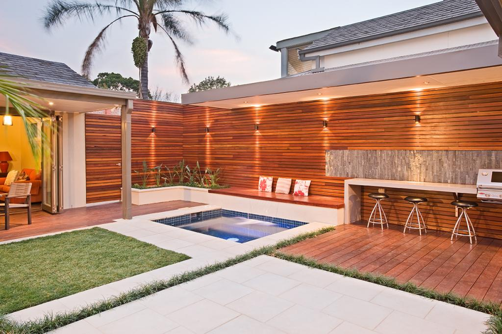Style Ideas - Outdoor Living - Landscaped Lawn & Entertaining Area ...