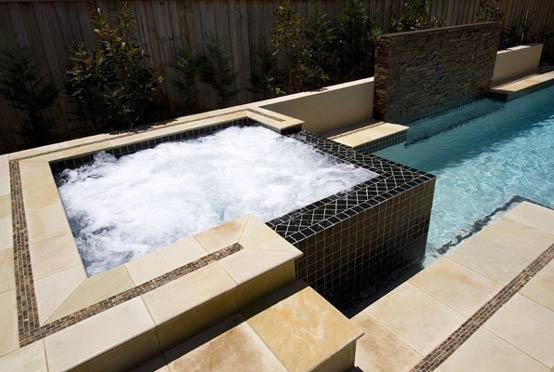 Spa Design Ideas by Aquastone Pools & Landscapes
