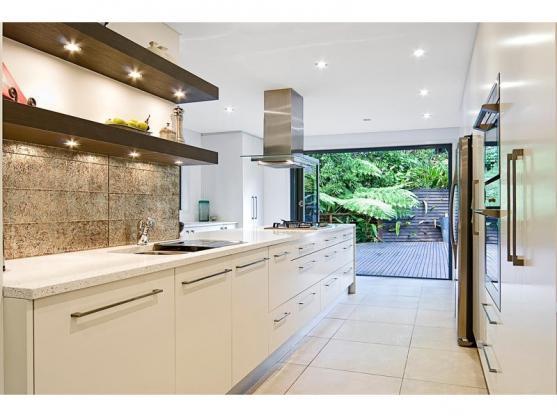 Kitchen Design Ideas by SKF Building Services  (Deckadent)