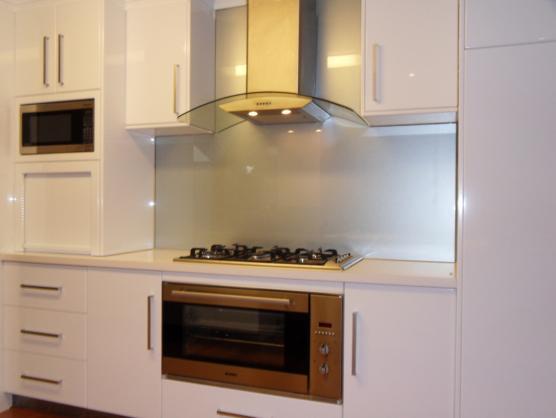 Http Quoteimg Com Kitchen Splashback Ideas By A Splash Of Glass
