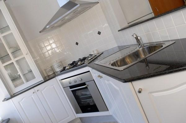 Kitchens galleries lifestyle creative renovations for Creative renovations