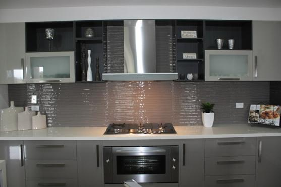 Kitchen Splashback Ideas by HRD's Showers & Glass Pty Ltd