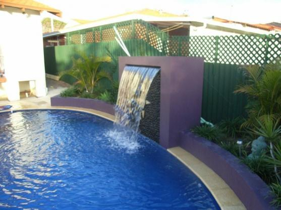how to get a pool builders licence