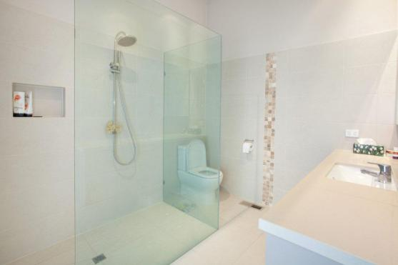 Bathroom Design Ideas by GC Davidson Constructions