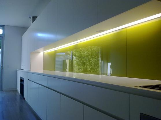 Kitchen Splashback Ideas by V&J Glass