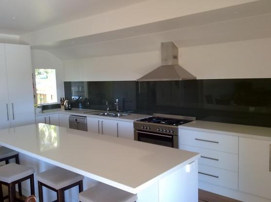 Kitchen Design Ideas by V&J Glass