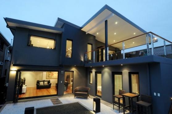 House Exterior Design by Architexture