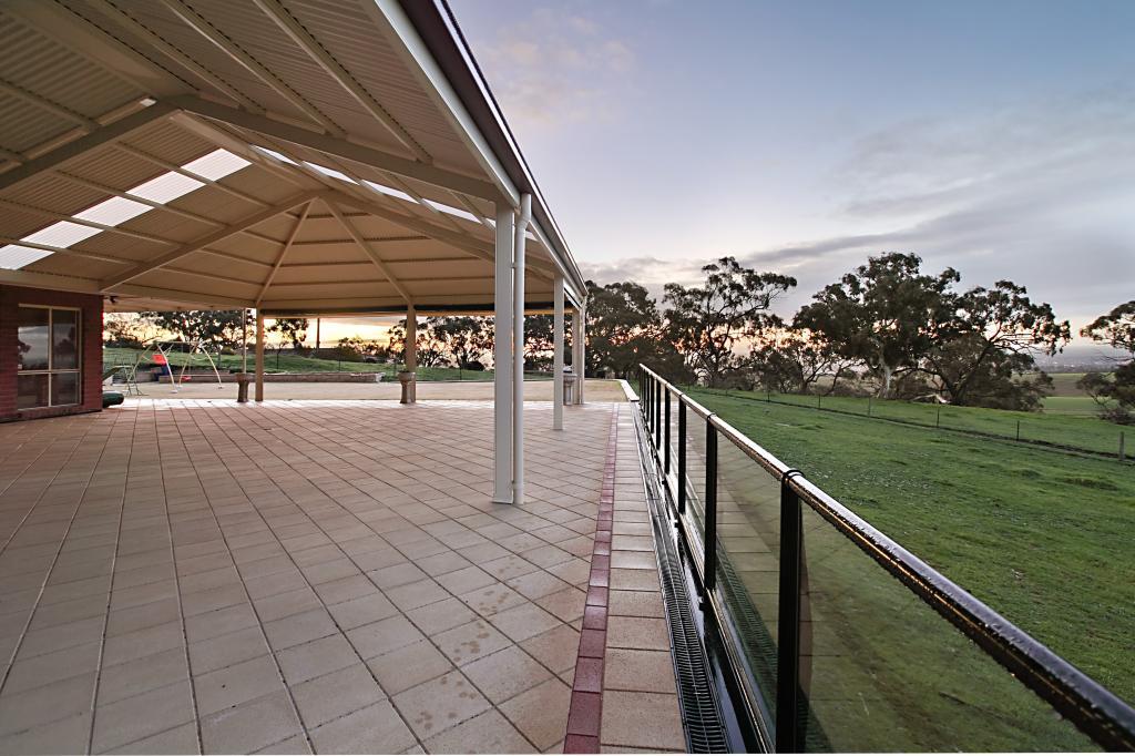 Verandahs patios gable roof designs galleries for Gable patio designs