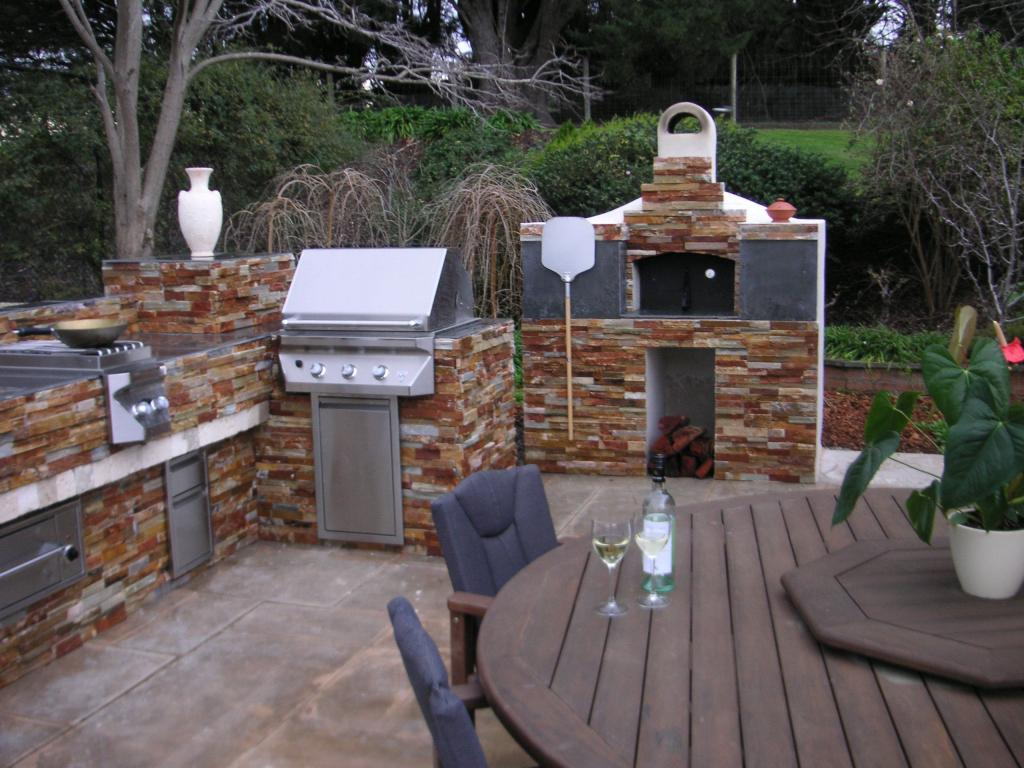 Outdoor kitchens inspiration now renovations australia for Outdoor kitchen ideas australia