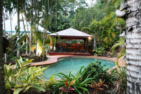 Leigh efferion 39 s inspiration board outdoor inspiration for Bali garden designs