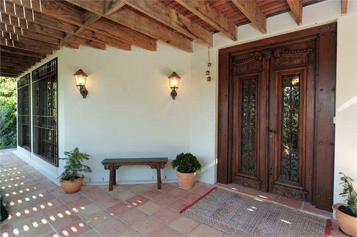 Entrance Designs by S & J Steele Painting Services