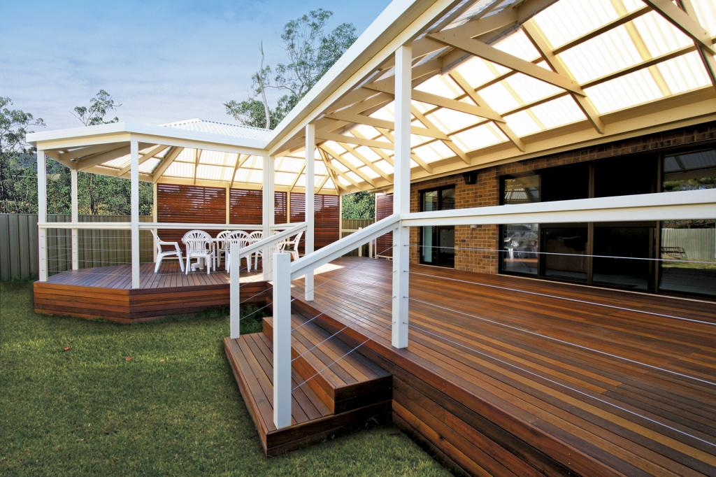 Pergolas inspiration softwoods australia for Australian hardwood decking