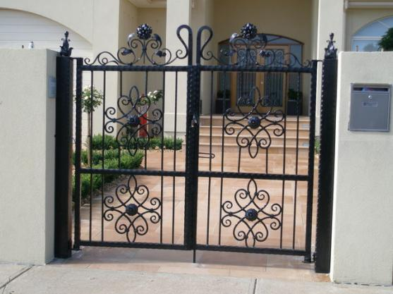 pictures of gates by the metal guy co - Gate Design Ideas