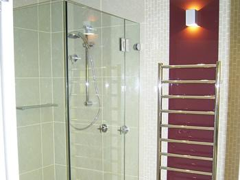 Exclusive Glass Products P L West Gosford Hornsby