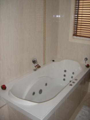 Bath Designs  by Cornerstone Builders Pty Ltd