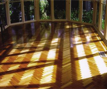 Solid Timber Floors and Floor Polishing