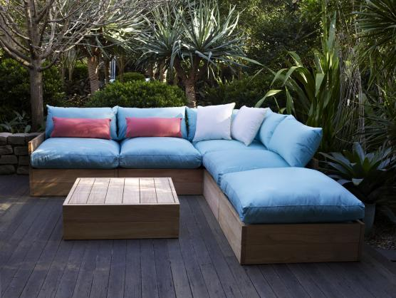 Outdoor Living Ideas by Robert Plumb