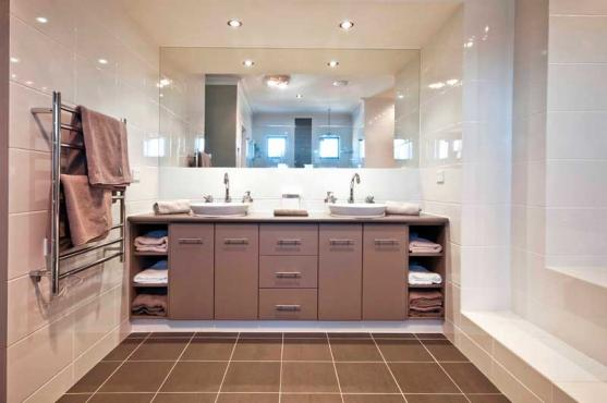 Bathroom Design Ideas by Colour Solutions by Lynn
