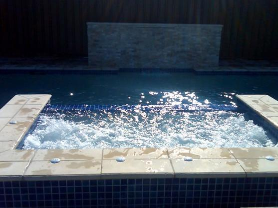 Spa Design Ideas by Oceanscape Pools - Concrete Pools