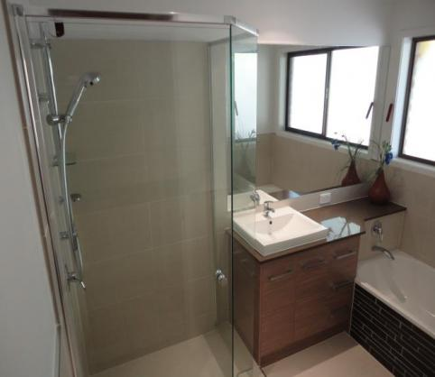 Get inspired by photos of bathrooms from australian for Bathroom ideas qld