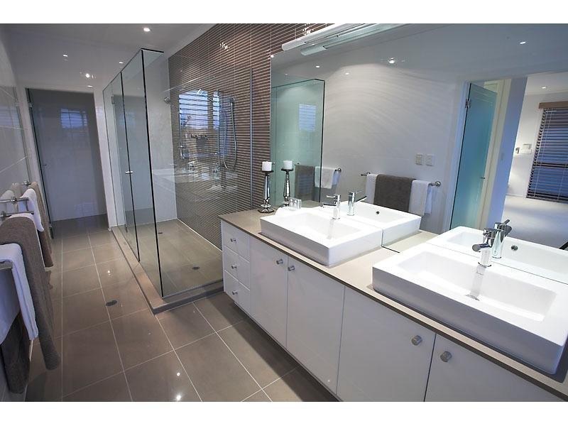 Betta bathrooms complete bathroom renovation gympie to for Bathroom designs qld