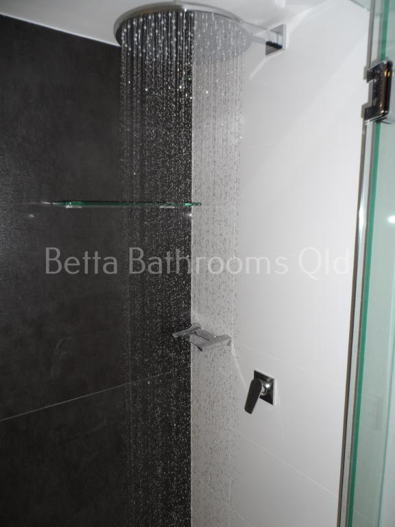 SHOWER HEADS, SHOWER RAILS, ACCESSORIES