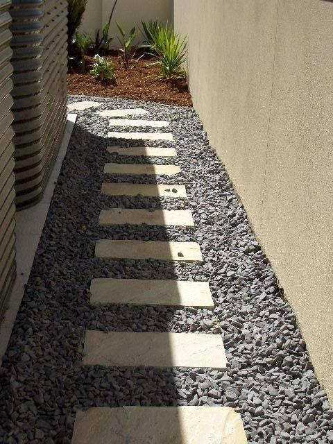 Paving inspiration godden landscaping australia for Paving ideas for small gardens