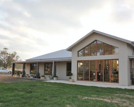 House Exterior Design by Reliabuilt