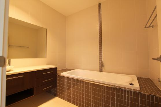 Bathroom Tile Design Ideas by Reliabuilt