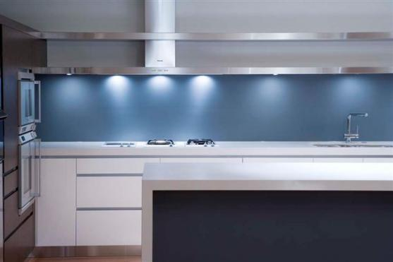 Kitchen Splashback Ideas by Clearly Frameless Shower Screens & Pool Fences