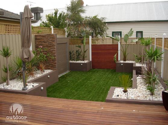 Outdoor living design ideas get inspired by photos of for Outside ideas landscaping