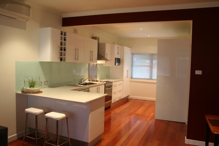 Newcastle designer kitchens bennetts green new south for Kitchen designs newcastle nsw