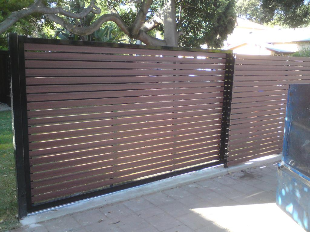 Timber privacy screens galleries sg fencing maintenance for Sliding timber screens
