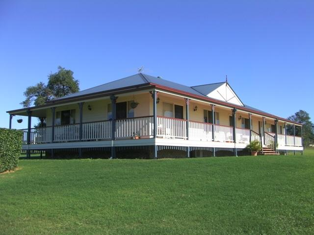 Get inspired by photos of exteriors from australian for Queenslander home designs australia