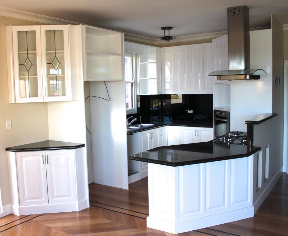 metro west resurfacing sydney blue mountains central coast craig treicis 1 reviews. Black Bedroom Furniture Sets. Home Design Ideas