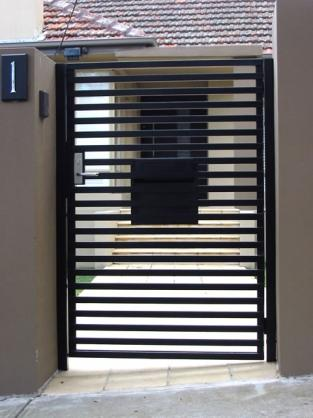 Gate design ideas get inspired by photos of gates from for Door gate design