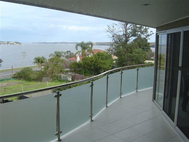 Elegant Amp Stylish Stainless Steel Balustrades Amp Handrails