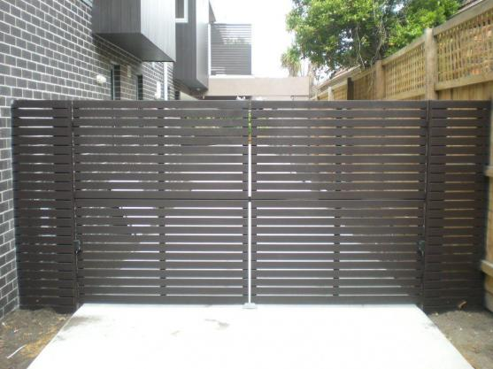 driveway gate designs by gates r us - Gate Design Ideas