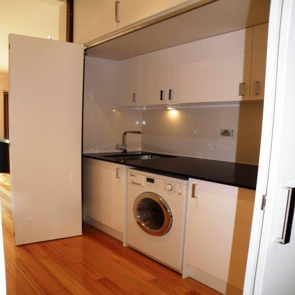 Spinryde laundry renovations hunters hill east ryde for Laundry room renovation