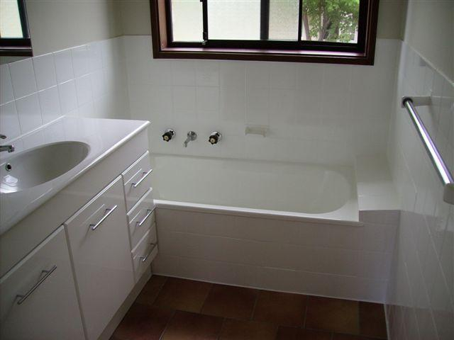 Bath resurfacing sydney all suburbs jims bath resurfacing sydney 10 reviews - Bathroom design sydney ...