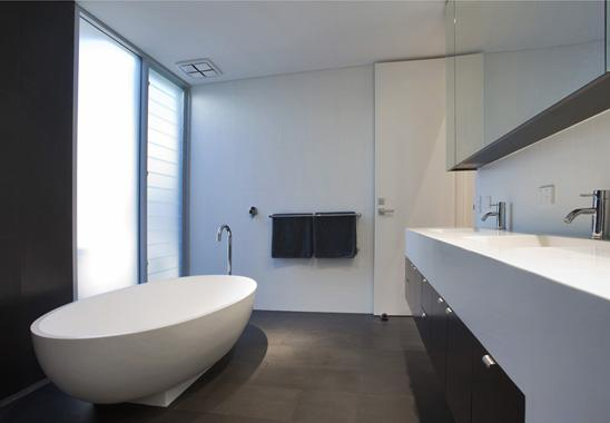 Freestanding Bath Design Ideas by Robert Andary Architecture