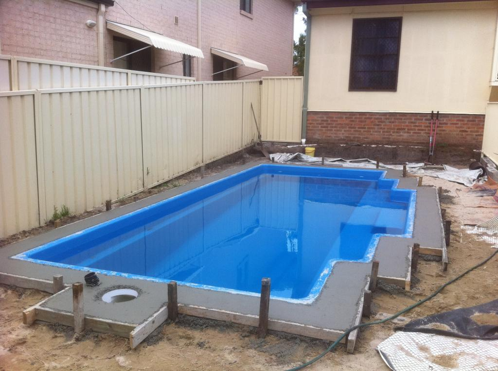 Secure pave 1 paving company in newcastle hunter - Fibreglass swimming pool bond beam ...
