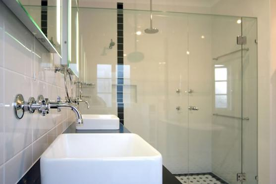 Get inspired by photos of bathrooms from australian for Bathroom designs brisbane