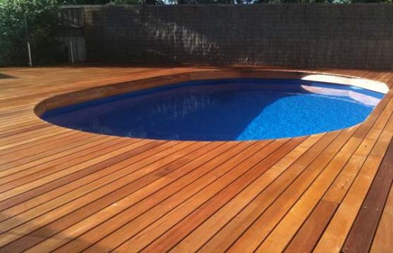 Pool Decking Design Ideas by Itradies